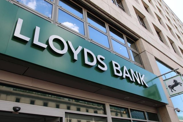 Lloyds Banking Group will close 56 of its branches across the UK this year (Photo: Shutterstock)