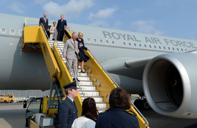 The RAF Voyager is used by the PM and members of the Royal Family for official visits. (Photo: John Stillwell -Pool Getty Images)