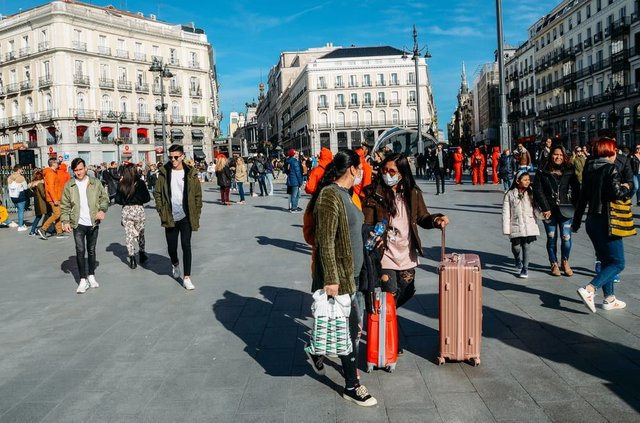 Travellers must now self-isolate upon returning from Spain. (Photo: Shutterstock)