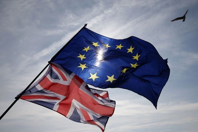 Trade talks between the UK and EU have hit a stumbling block sparking concerns that Britain could leave the single market and customs union without a trade deal (Getty Images)