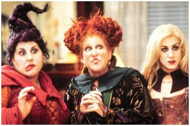 Fans of popular Halloween film Hocus Pocus will be happy to learn that the original cast is reuniting this October (Photo: Buena Vista Pictures/Disney)