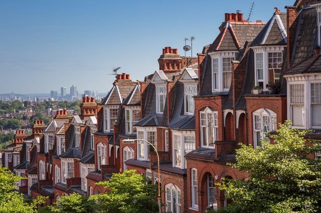 Unsurprisingly, London came out as the most expensive UK location to buy a home. (Photo: Shutterstock)