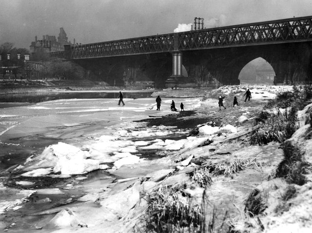 Seventy five years ago this month Ribble was frozen from bank-to-bank. This photograph was taken by the North Union Bridge, in Preston