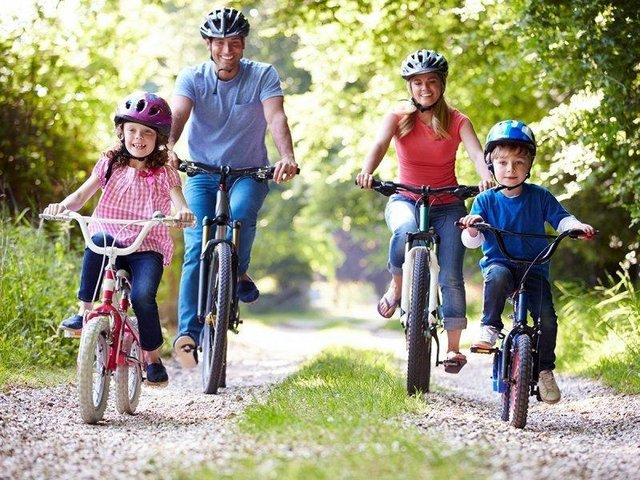 Enjoy some family time during a bike ride