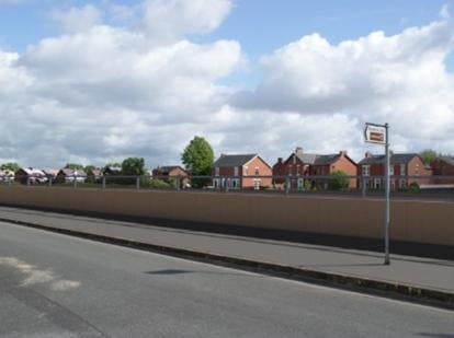 What the wall in Riverside could look like. Credit: Environment Agency