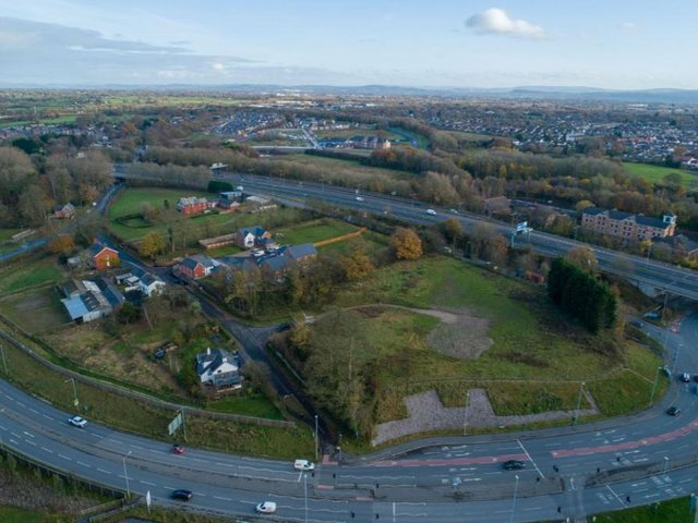"""The new """"landmark"""" mosque will be built at the western end of D'Urton Lane – close to the Broughton bypass and roundabout for the M55 and M6"""