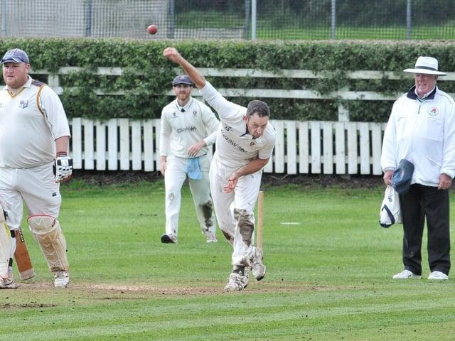 Longridge CC's Ian Simpson