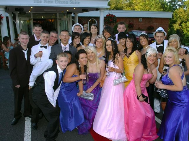 Fulwood High School Prom at Pines Hotel, Clayton-le-Woods in 2009
