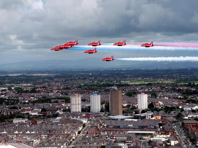 The Red Arrows arrive in Blackpool, over the former Layton Queenstown flats in 2015
