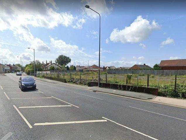 Vehicles would have entered the proposed drive-through coffee outlet from the A6 Preston Road (image: Google).....