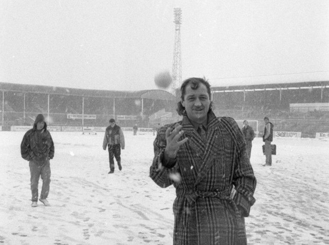 Frank Worthington – snowball in hand – after a game at Deepdale was postponed in March 1987