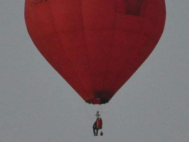Picture taken as the balloon flew over Ribbleton. Courtesy of Stephen Geraghty.