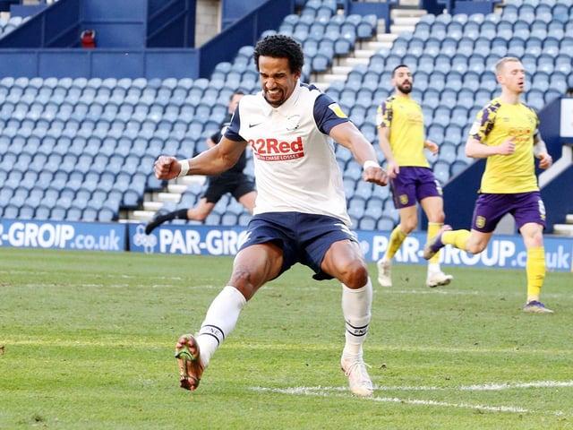Scott Sinclair celebrates scoring for Preston North End against Huddersfield