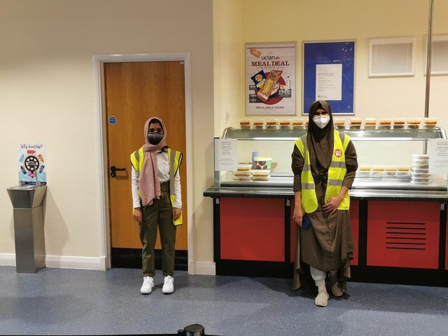 Volunteers preparing to hand out free Iftar meals at UCLan on Thursday (April 15).