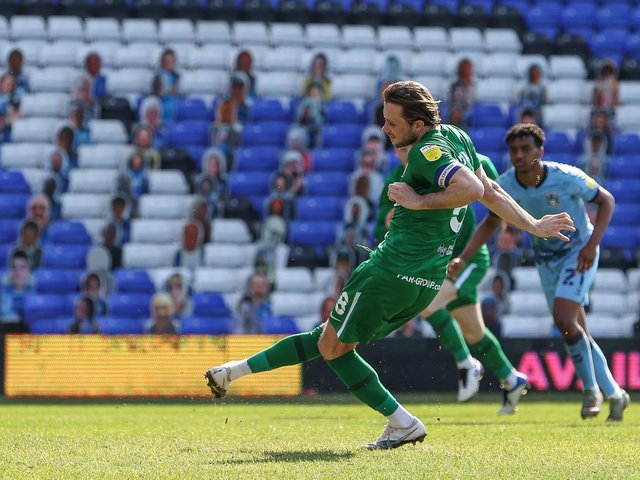 Alan Browne scores Preston North End's gaol from the penalty spot