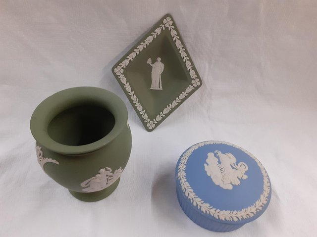 Everyone recognises blue Jasper ware but the other colours like green and purple are rarer and  more collectable