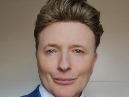 Dr Robin Carey