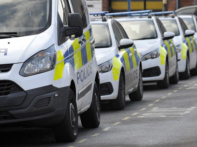 The vehicle was stopped on the A6 in Cabus