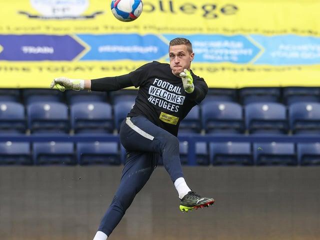 Daniel Iversen warming-up for Preston North End