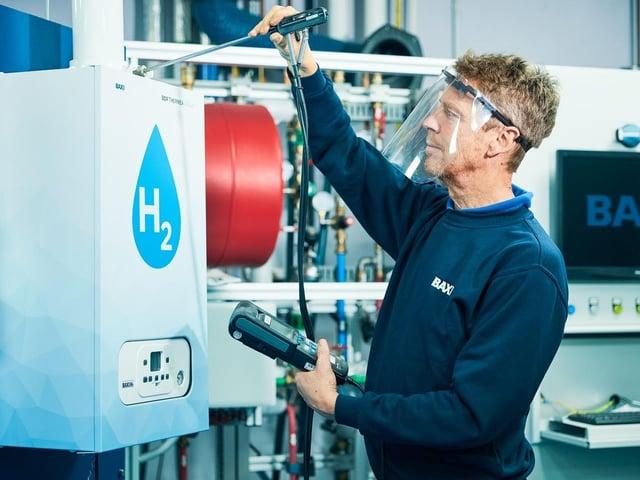 Bamber Bridge based Baxi Heating has won an award for its new hydrogen gas boiler