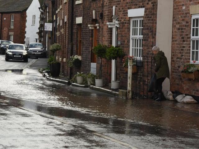 Lancashire communities will receive a new flood warning service