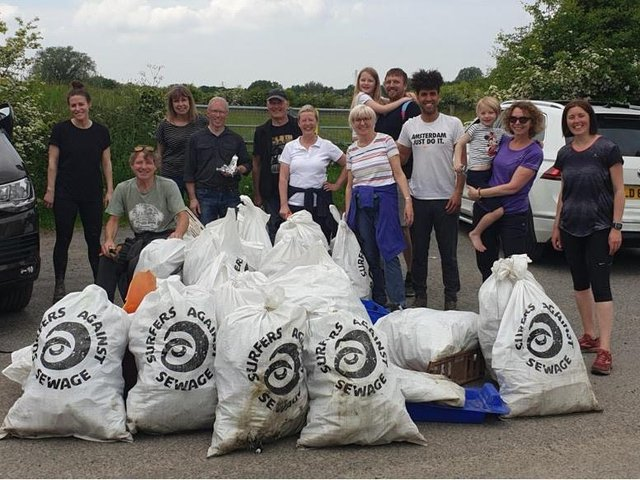 Thirteen volunteers turned out to litter pick the Ribble after Nicola's social media appeal for help.