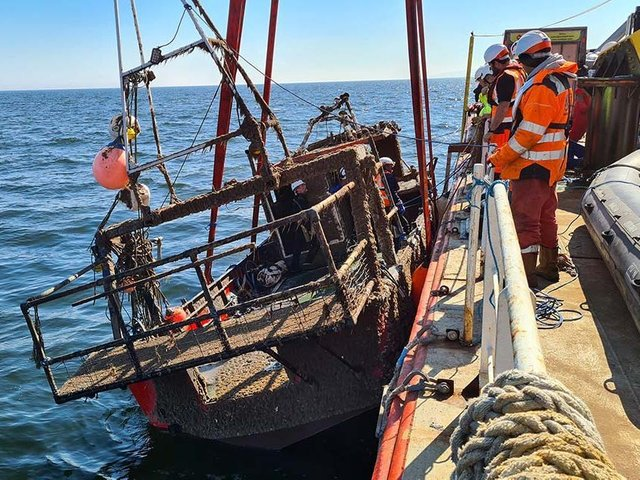 The wreck of the sunken Nicola Faith was recovered from the sea off the coast of Colwyn Bay, North Wales. (Image: MAIB)