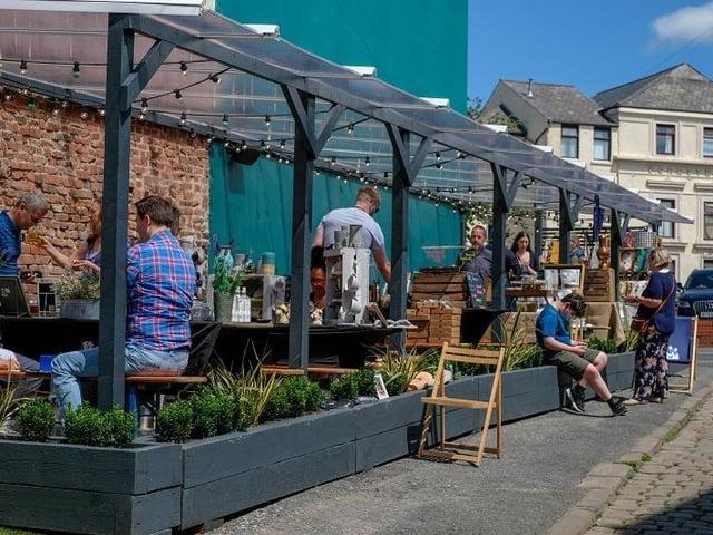 Plau bar's Market Street Social