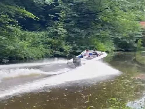 Lancaster Canal users' fury as rogue ''speed boat' caught on video