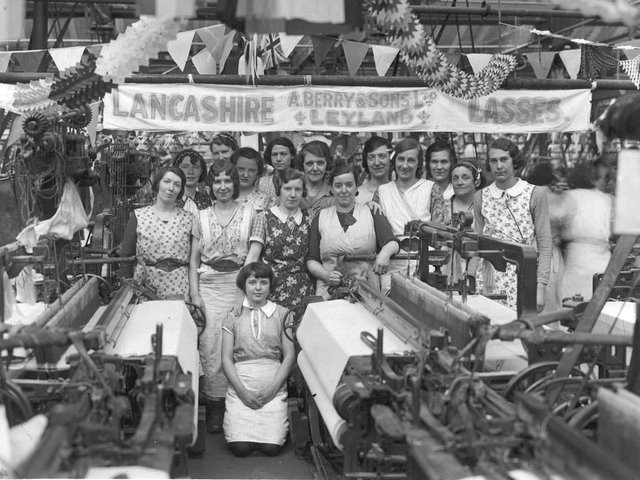 Mill workers at A Berry and Sons cotton mill in Leyland in the mid-1920s